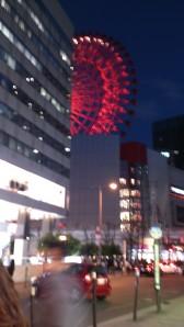 大阪梅田阪急三番街の観覧車